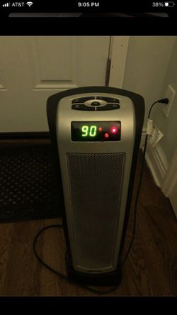 LASKO CT22722 Ceramic Tower Heater w/ Oscillation for Sale in Queens,  NY