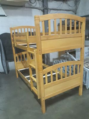 Litera twin y twin Madera solida for Sale in Paramount, CA