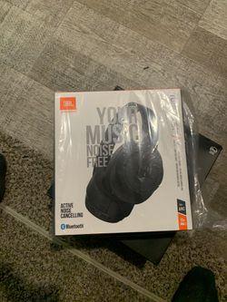DescriptionJBL TUNE 750BTNC wireless headphones for Sale in Orange Park,  FL