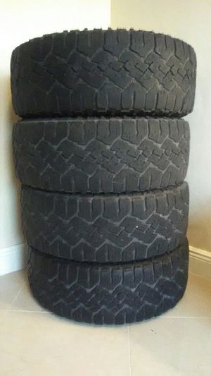 4 tires 265/60r18 Goodyear wrangler for Sale in South Miami Heights, FL