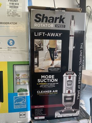 Aspiradora shark Rotator powered lift Away !!! for Sale in Maywood, CA