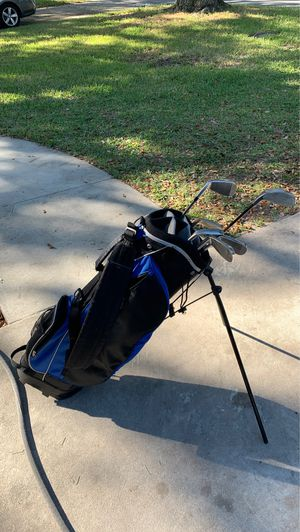 Golf bag with some clubs. for Sale in Seminole, FL