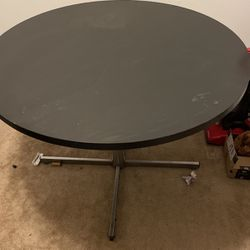 Dining Table for Sale in St. Louis,  MO