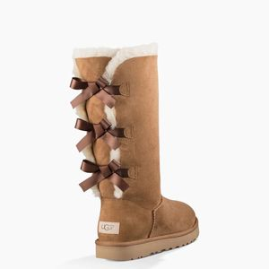 BAILEY BOW TALL II BOOT for Sale in West Sacramento, CA