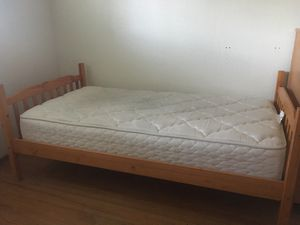 Twin bedframe, head and foot board for Sale in Sunnyvale, CA