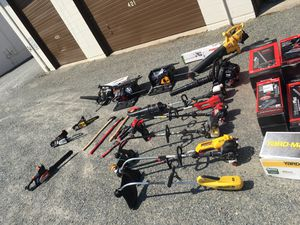 TOOL LOT: Trimmers, Blowers, Chainsaws, Edgers, Axes, Hammers, Pulverizer, Gas & Electric Saws for Sale in Issaquah, WA