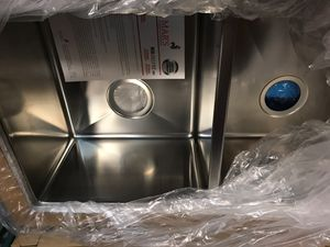 Sink 5050 square with radio for Sale in Lake Worth, FL