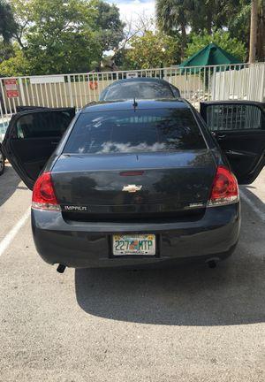 2012 Chevy impala for Sale in Miramar, FL