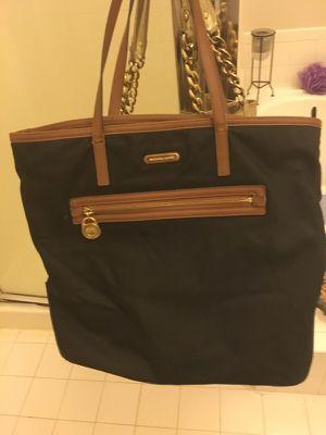 Michael kors hand bag for Sale in Sterling, VA