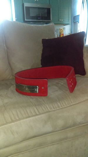 Weight lifting leather belt for Sale in Highland, CA