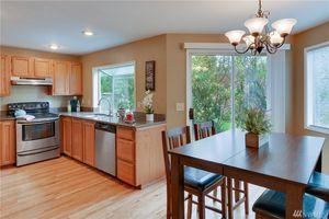 Kitchen appliances: refrigerator, dishwasher, range, range hood and microwave for Sale in Kirkland, WA