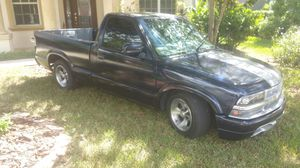 2000 Chevy S-10 Pickup for Sale in Parrish, FL