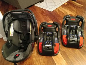 Britax B-Safe 35 Car Seat and 2 Bases for Sale in Concord, CA