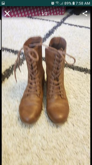 Women winter boots for Sale in Mesquite, TX