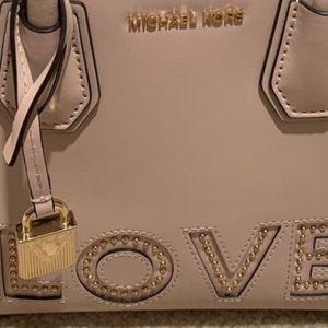 New MK Women Authentic Bag for Sale in Renton, WA