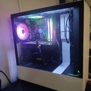 $1100 Gaming Pc for Sale in Lynnwood, WA