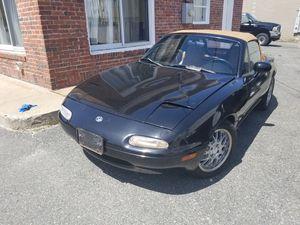 1996 Mazda miara for Sale in Framingham, MA