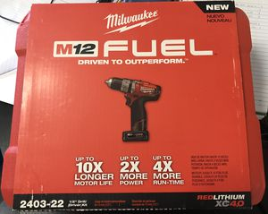 NEW Milwaukee Cordless Drill/Driver Kit with Battery for Sale in Hialeah, FL