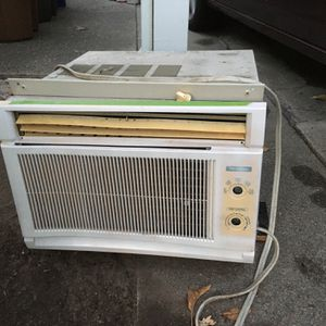 3 In Wall/Window AC Units for Sale in Martinez, CA
