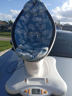 4 moms mamaroo for Sale in Port St. Lucie, FL