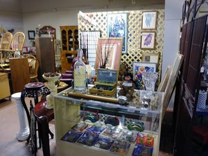 Furniture antiques and collectibles for Sale in Winter Springs, FL
