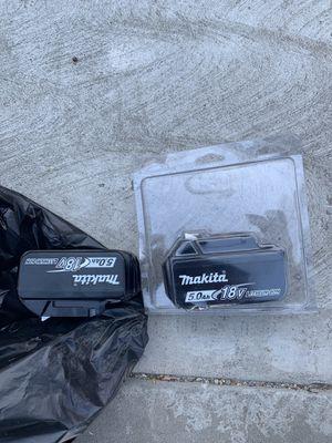 Esta nuevo este par de pilas nuevas for Sale in Los Angeles, CA
