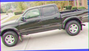 2OO4 Toyota Tacoma - $15OO!!! for Sale in Rancho Cucamonga, CA