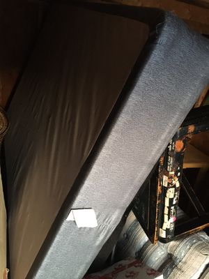 Full size box spring for Sale in Traverse City, MI