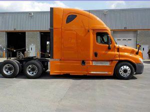 2013 Freightliner Cascadia for Sale in Hialeah, FL