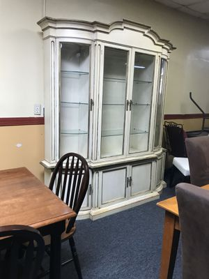 China cabinet - hutch - curio for Sale in Jacksonville, FL