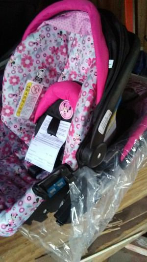 Brand new Disney carseat and stroller for Sale in San Antonio, TX