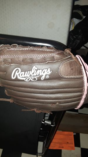 i have a rawlings zeroshock baseball glove for Sale in Smyrna, TN