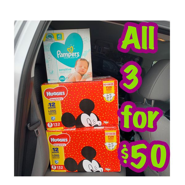 Huggies Size 3 diapers with wipes bundle