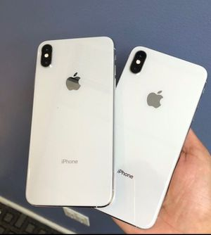 iPhone XS Max 64GB Factory Unlocked for Sale in Los Angeles, CA