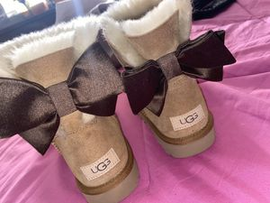Winter Ugg Boots for Sale in Pittsburgh, PA
