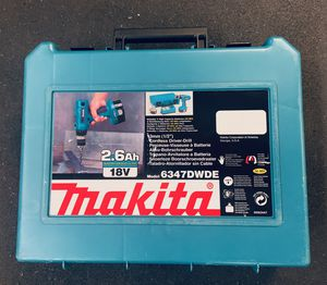 Makita 18v cordless drill and 2 batteries for Sale in Kenmore, WA