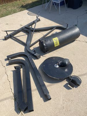 Everlast Punching Bag Stand, Punching Bag and Speed Bag for Sale in Denver, CO