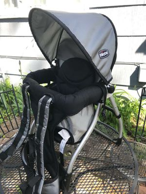 Chicco baby backpack carrier for Sale in Spokane, WA