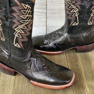 Western boots for men for Sale in Bridgeport, CT
