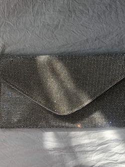 Rinestone/Diamond Clutch With Chain for Sale in San Diego,  CA