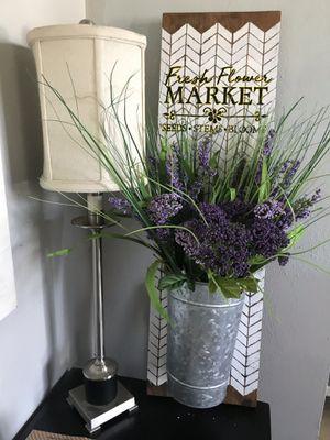 Farm Style, cottage shabby chic Flower Holder Vase. for Sale in Virginia Beach, VA