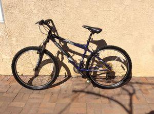 SCHWINN MOUNTAIN BIKE for Sale in El Cajon, CA