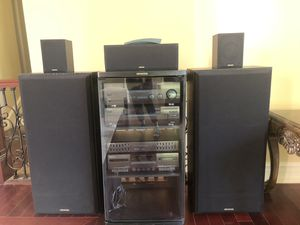 Kenwood 500 Watt Complete Home Theater 5.1 Audio System with Rack for Sale in West Bloomfield Township, MI