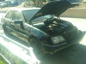 95 Mercedes Benz c280 for parts for Sale in Spring Valley, CA