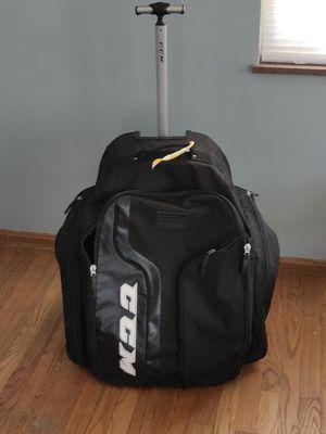 Wheeled hockey bag for Sale in Brooklyn, OH
