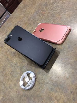 Matte black iPhone 7 plus 128gb unlocked 420obo for Sale in Phoenix, AZ