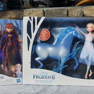$30 FROZEN 2 TOY BUNDLE for Sale in Las Vegas, NV