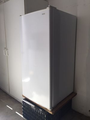 Kenmore freezer for Sale in Tracy, CA