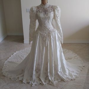 Wedding Dress. Vestido de Novia. for Sale in Miami, FL