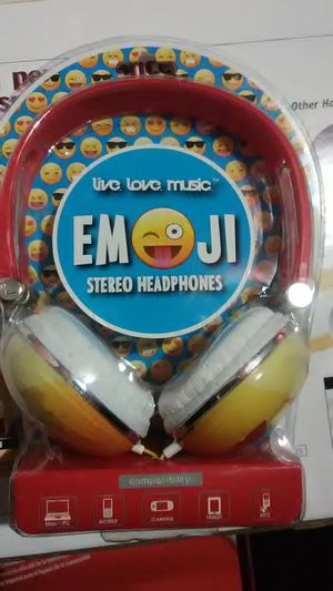 Emoji stereo set head phone set for Mac ,pc,mp3,tablets games, Android for Sale in Salt Lake City, UT